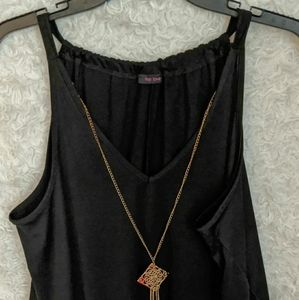 Annabelle with Necklace Top B6